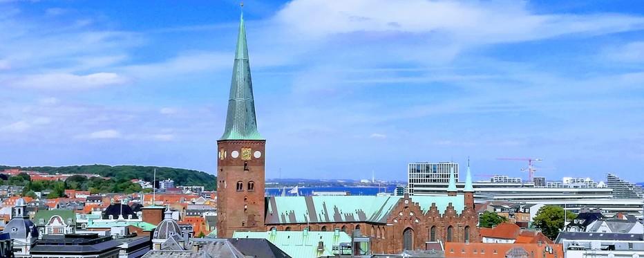 Aarhus Stift, kontakt medarbejderne