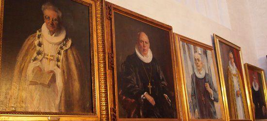 Malerier af bisperækken i Aarhus Stift